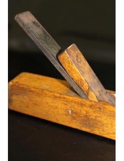 Pialla in legno del 1920