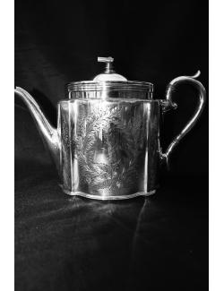 Teiera in sheffield  inglese periodo vittoriano 1870/1890 con filtro