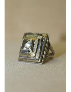Anello in argento e bronzo con quadrati