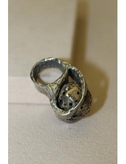 Anello in argento e bronzo con sfera