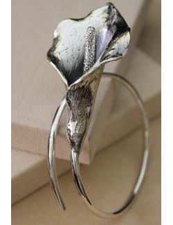 Bracciale in argento con calla